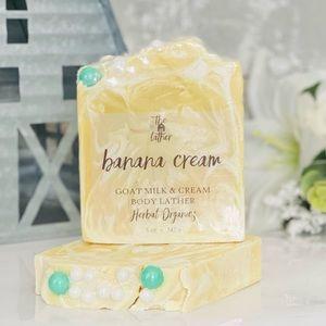 🍌Banana Cream Goat Milk Essential Lather